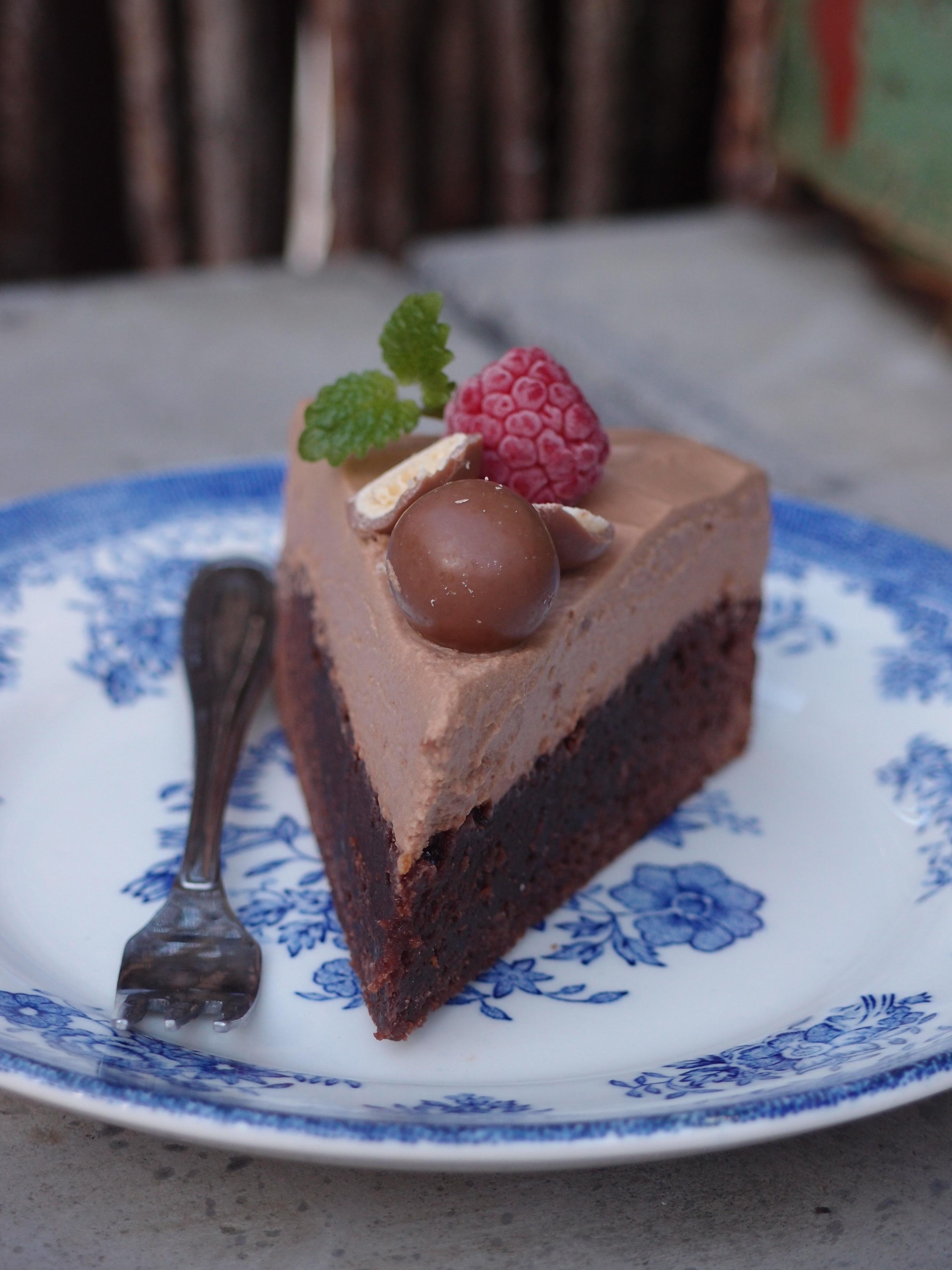 chokladmousse till tårta